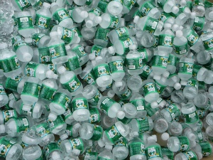 Lots_of_bottled_water